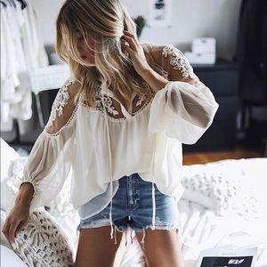 NWT  Lace Boho Flowy Blouse Top Shirt Ivory